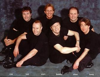 Hollies em 2000, com o saudoso Carl Wayne