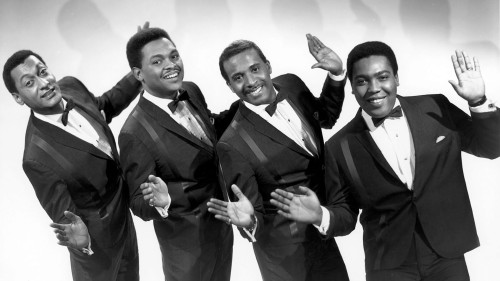 Four Tops no auge crédito: http://fanart.tv/fanart/music/0d21b01f-21f2-419b-8d98-4158ba0c0aa4/artistbackground/four-tops-4ed23a75edf0f.jpg